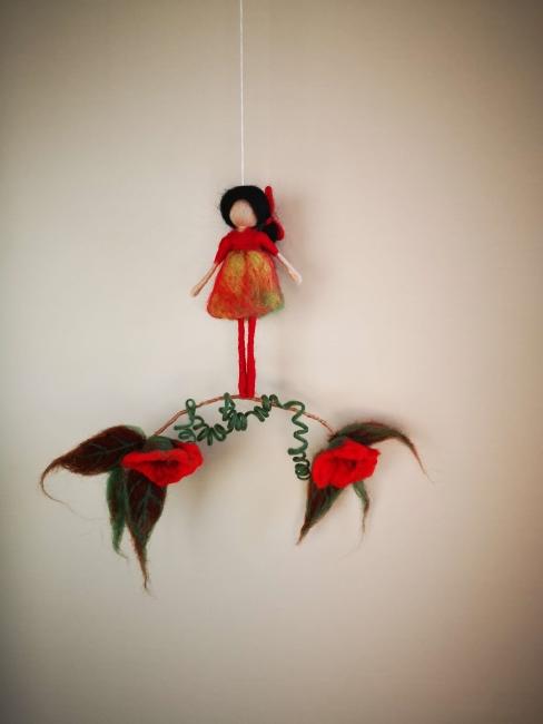 muñeca vestido rojo