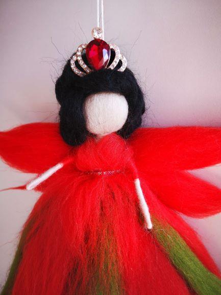 Reina Hada de lana roja