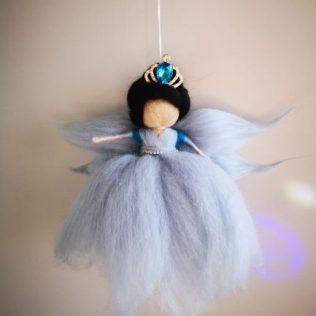 Reina Hada con corona azul